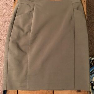 Army green high waisted business skirt w/ pockets